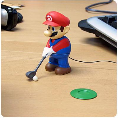 Mario Bros Jugando golf