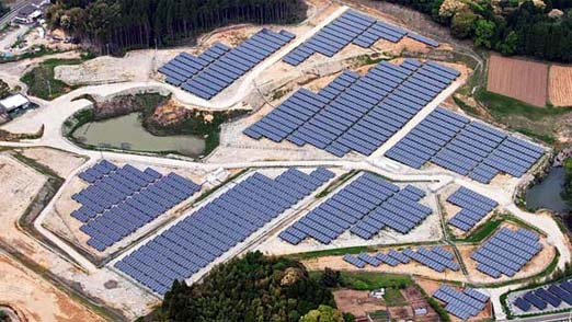 Japón apuesta por la energía solar y cambia el golf por la sustentabilidad